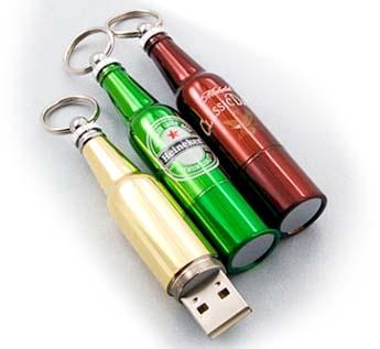 USB-Флешка на 8Gb в форме бутылки
