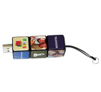 """USB-Флешка на 32Gb """"Кубики"""""""