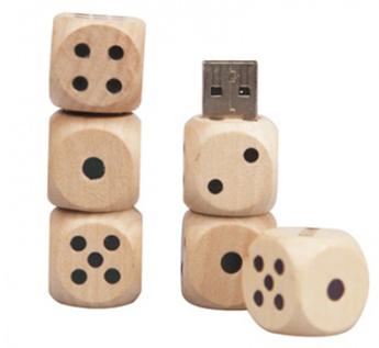USB-Флешка на 8Gb в форме игральных кубиков
