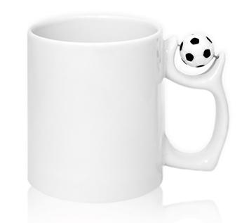 Арт. GRW04.08.1 Чашка с футбольным мячом на ручке